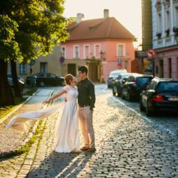 Předsvatební fotky z ranní Prahy